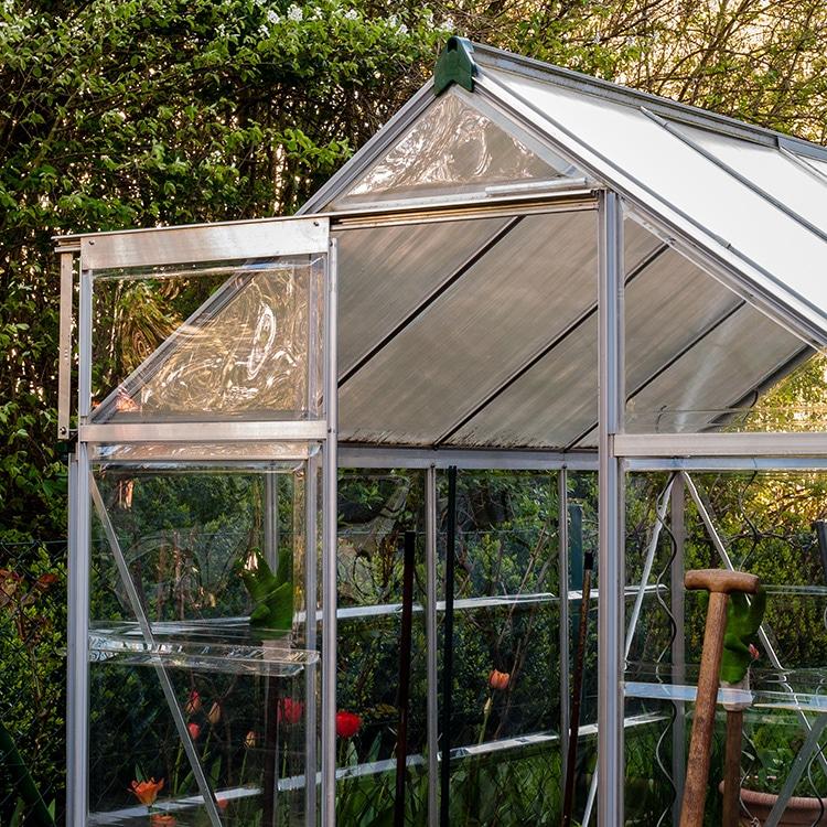 Aluminium greenhouse with acrylic glazing